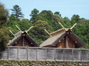 Photo of the Naiku shrine behind a tall fence. The shrine is dedicated to Sun Goddess Amaterasu Omikami.